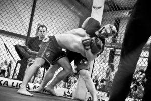 ZOSTAŃ ZAWODNIKIEM MMA